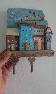 Rustic Cottages Key Holder