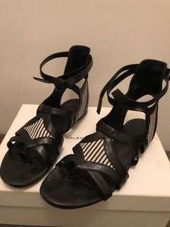 Balenciaga gladiator sandals sz38