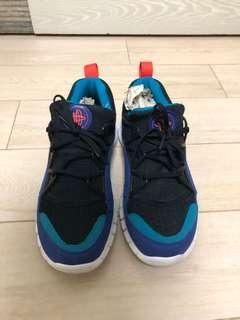 Nike beams Huarache us 8.5