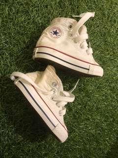 🚚 Converse, Nike, H&M infant shoes