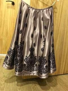 🚚 緞面半身裙