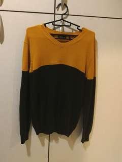 🚚 黃咖V領毛衣