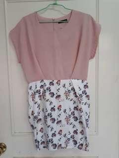 含運 日系粉色拼接碎花窄裙貼身洋裝