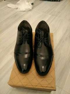 黑皮鞋 返工 返學 黑鞋