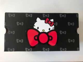 Converse x Hello Kitty Chuck Taylor