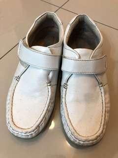 🚚 M&G久站護士鞋