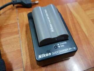 Nikon Charger and Battery
