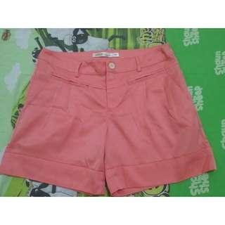 Preloved Size M Celana Pendek Wanita Peach
