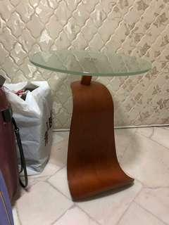Side table  H22  L21  W21