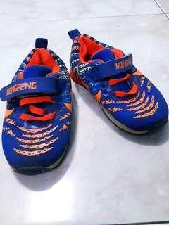 Sepatu anak sport #ibuhebat