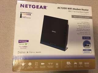 NETGEAR AC1200 Wifi Modem Router
