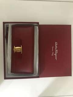 Salvatore Ferragamo Continental Vara Bow Wallet
