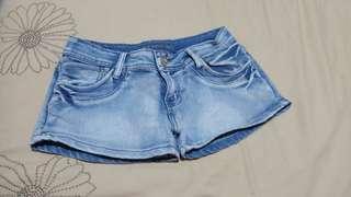 Girl Hot Pants Jeans