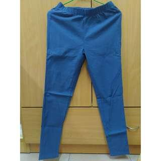 Lativ 刷毛彈力顯瘦窄管褲