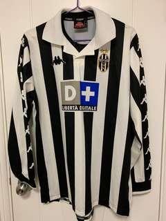 1999/00年祖雲達斯主場長袖連盪字21號Zidane