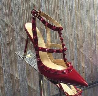 Valentino' s Style High heels Rockstud Ankle Strap Pumps 100mm in patent leather