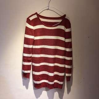 🚚 橘白條紋長版針織毛衣