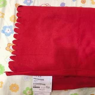 IKEA 全新紅色毛毯 130*170cm