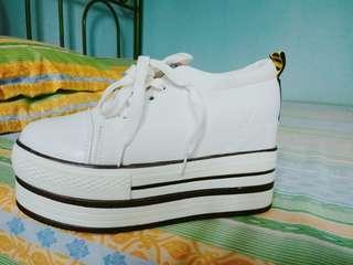 Sepatu Sneakers Wedges Korean Import
