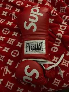 Supreme Boxing Gloves