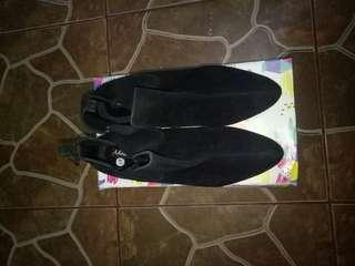 Sepatu boots hitam [NO NEGO FREE ONGKIR]