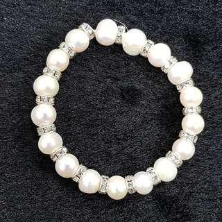 🚚 ☆晶晶☆【附禮盒】【滿900元免運】珍珠珠鍊/珍珠手鍊17顆8mm(內圍4.5cm,外圍直徑6cm)~天然珍珠,養殖珍珠