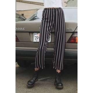 🚚 Brandy Melville Striped Frankie Pants