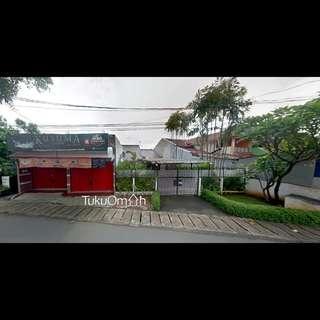 Rumah Berikut dengan Furniture Lengkap Plus Dua Unit Kios Cibubur Jakarta Timur
