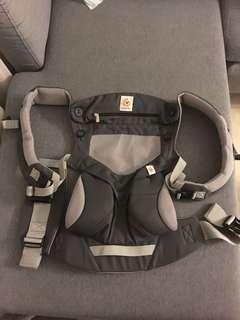 🚚 Ergobaby 360 Mesh in Carbon Grey - 4 Positions Baby Carrier