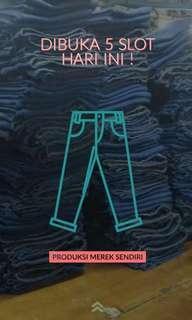 Menrima jasa pembuatan celana jeans merk sendiri