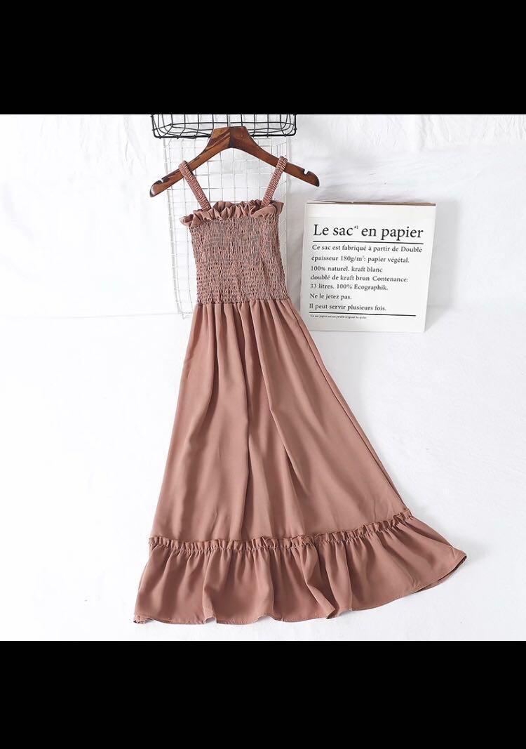 粉包彈性背心連身長裙