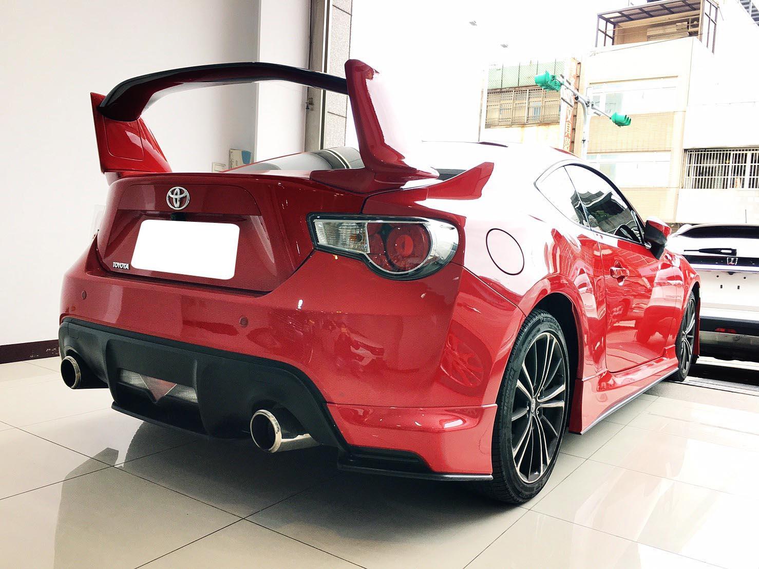 【全額貸】二手車 中古車 2014年 86 2.0紅 黑紅內裝 頂