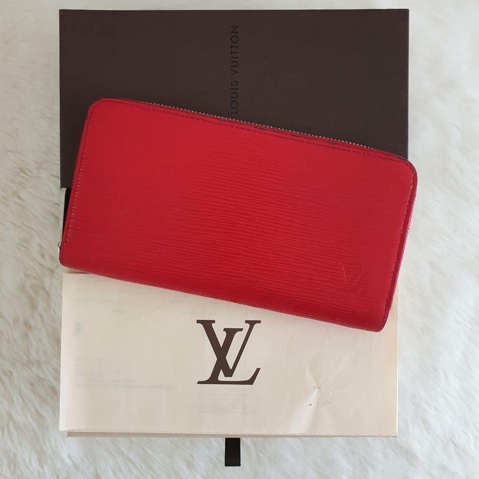🍒 *TURUN HARGA LAGI* - Preloved In Box LV Zippy Wallet Epi Red Coq SHW 2014