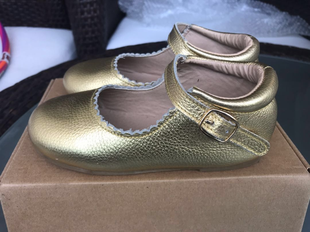 77de11439aec Baby Shoes - Hubble + Duke Gold Mary Janes girls size 11