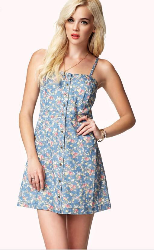 cd4f0c125e44 FOREVER 21 Denim Floral Dress Blue, Women's Fashion, Clothes, Dresses &  Skirts on Carousell
