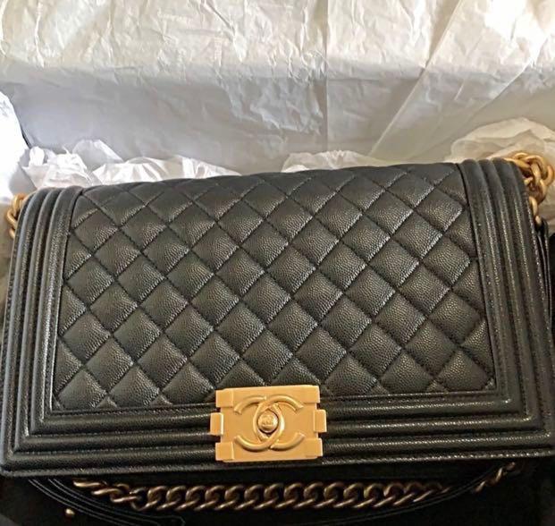09ce9ac7ba25 LN Chanel Boy New Medium, Women's Fashion, Bags & Wallets, Handbags ...