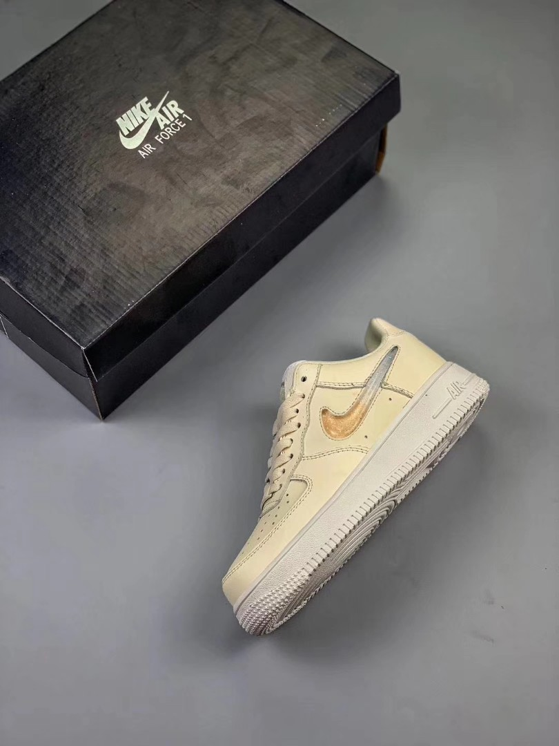 wholesale dealer 04c4c db7bc Nike Air Force 1 Women Jelly Puff, Women s Fashion, Shoes, Sneakers ...
