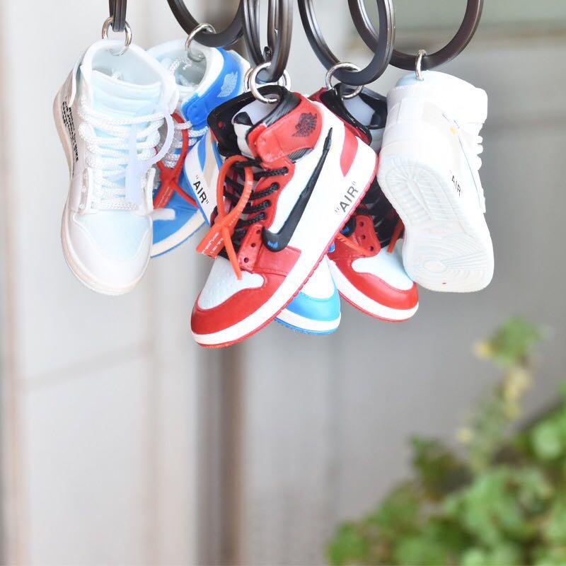 de3d2ff255bad Off White x Nike Air Jordan 1 Keychain, Design & Craft, Others on ...