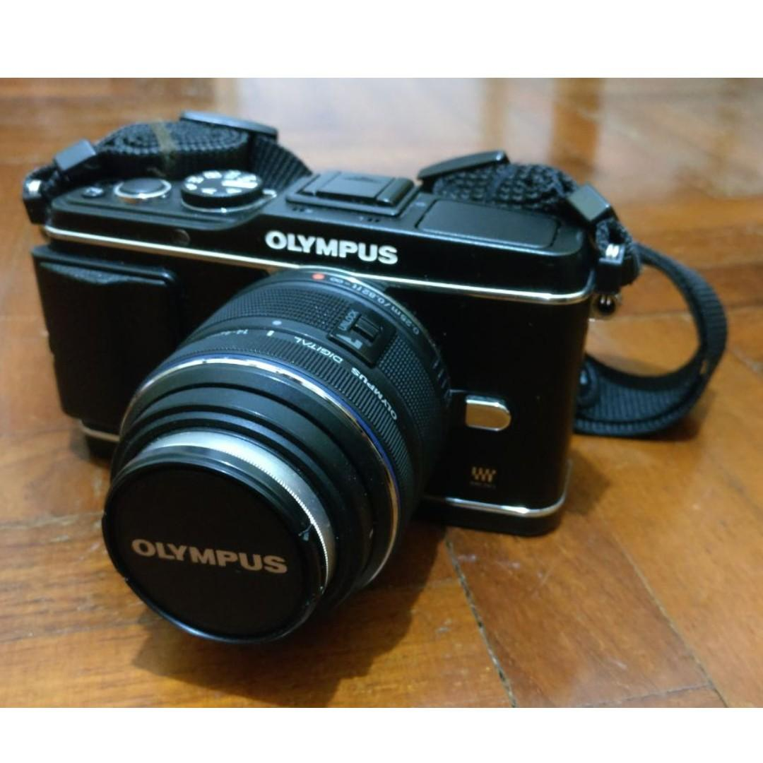 Olympus PEN E-P3 Kit w/ Sigma 19mm F2.8 EX DN
