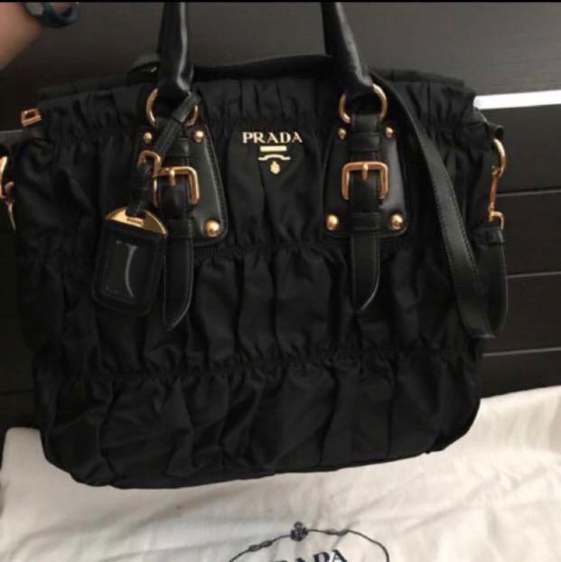 3d4c333d9eedd5 Prada Tessuto Gaufre (BN1336), Women's Fashion, Bags & Wallets ...