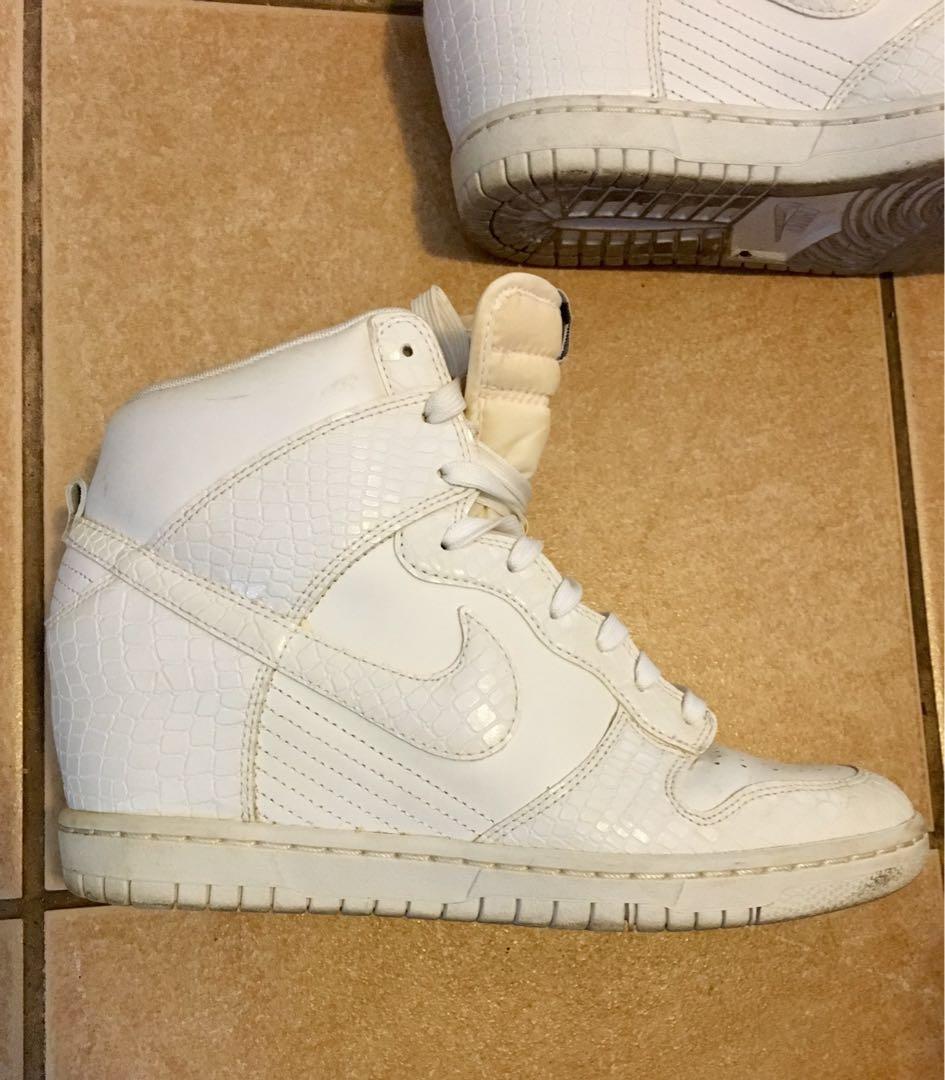 87e891c9380 White Nike high dunk platform sneakers size 9.5