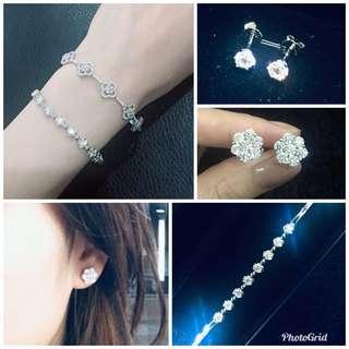 取消保險箱 低價出售4件全新閒置 結婚禮物 earrings bracelet 鑽石 耳環 手鏈 花花 2卡80份 生日 紀念日 送禮一流!