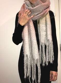 Zara warm winter scarf