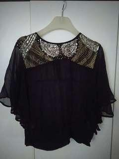 🚚 Uma and leopold sequins top