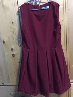 Loon sleeve navy dress