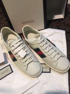 online store 781dd 03c28 size 6 men s shoes   Men s Fashion   Carousell Philippines