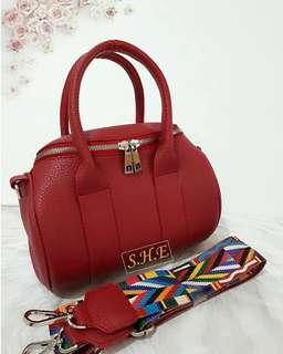 queens red leather