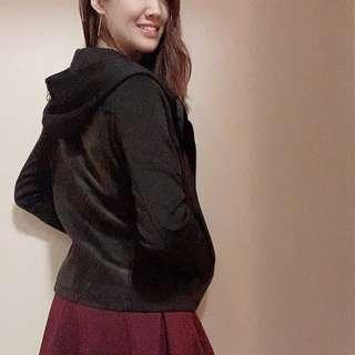 Leather coat with hat (black)
