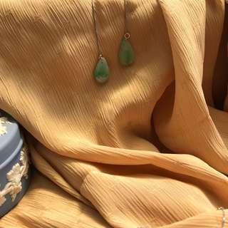 🚚 百元商品[緬甸翡翠真品年末優惠]天然翡翠垂墜式耳針 925純銀耳線