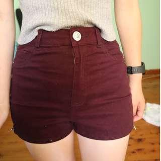 High waisted shorts - plum
